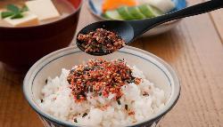 Furikake, el condimento japonés que enriquece cualquier plato