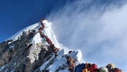 Everest colapsado, ya van ocho muertos en una semana