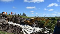 Habilitan una sola mano de la ruta nacional 12 cerca de Itatí