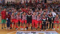 Futsal: Goleó el pentacampeón