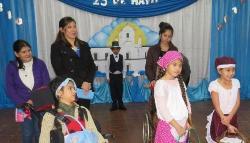 La Escuela Especial 29 de Libertad conmemoró el aniversario de la Revolución de Mayo