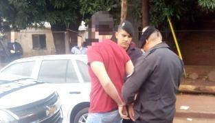 La Policía detuvo a un joven y secuestró un auto involucrado en un robo