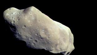 Un gran asteroide con su propia luna se acerca a la Tierra
